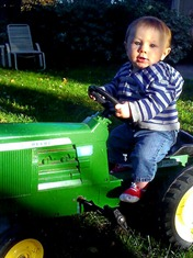 Levi-on-the-tractor